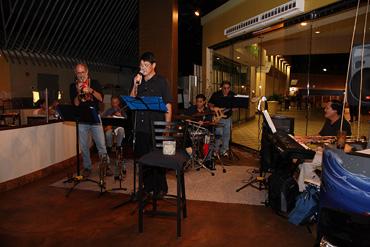 Kailua-Jazz-Hounds