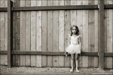 Ballerina-&-Fence
