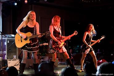 Three-rockin'-girlz